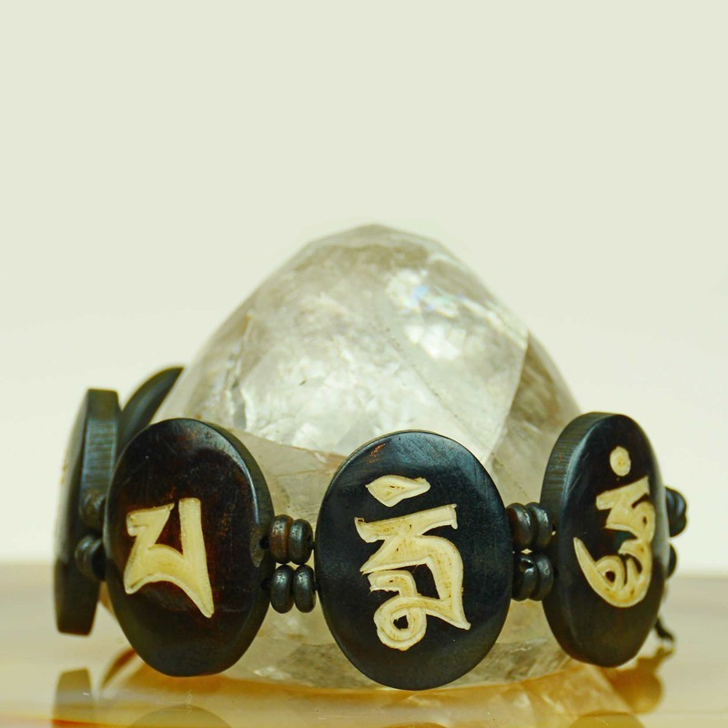 Elaborately-built bracelet yak bone