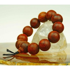 Ball bracelet with genuine rosewood beads