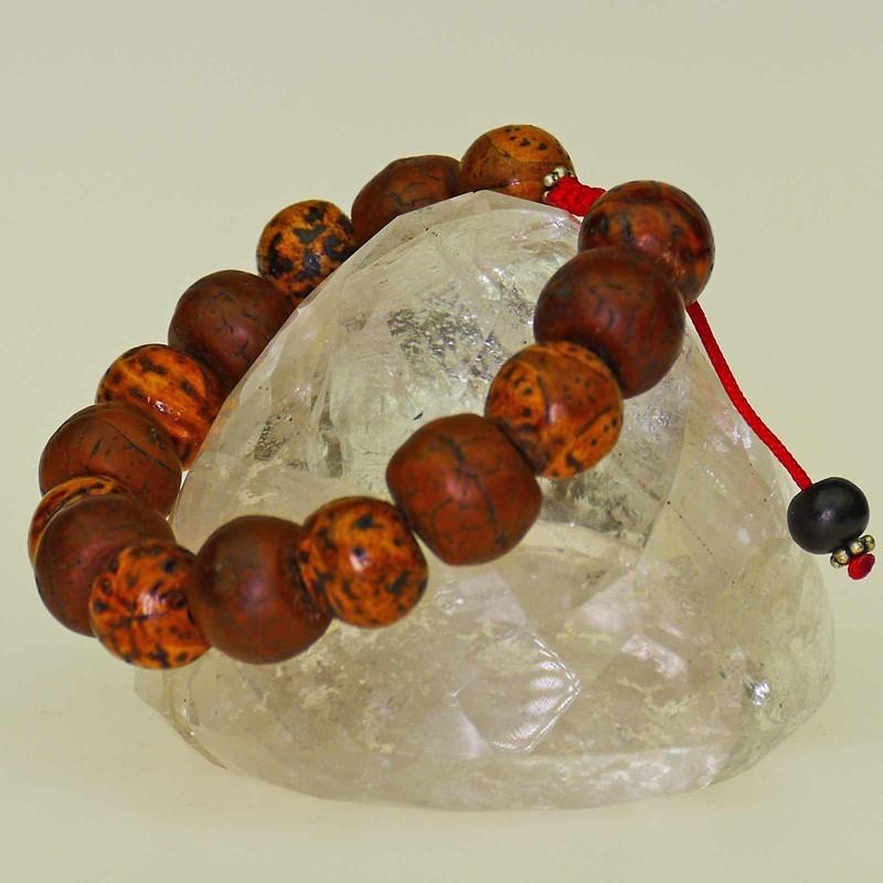 Schönes Armband aus Bodhi Baum Samen