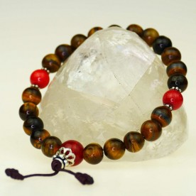 Very nice bracelet with balls of tiger eye