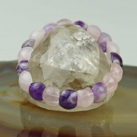 Bracelet made of rose-purple amethyst